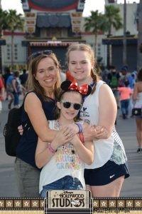 3 girls standing in Disney's Hollywood Studios