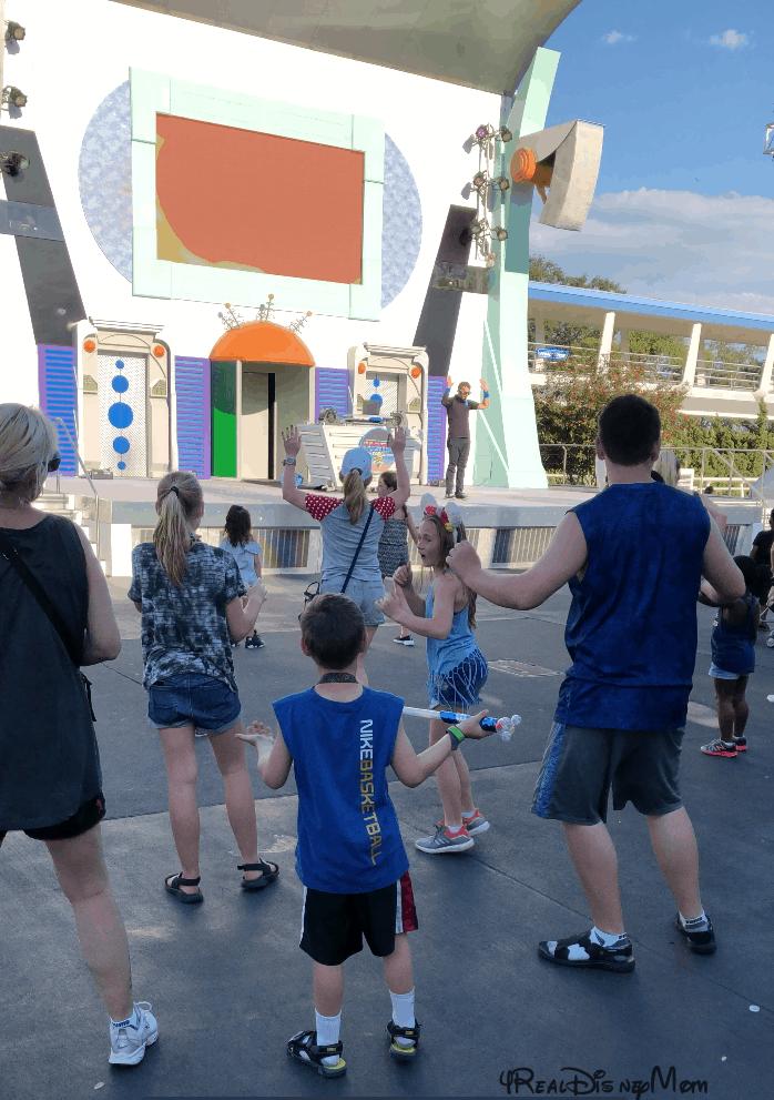 kids dancing at Magic Kingdom