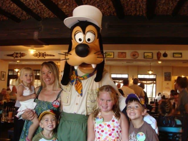 kids with Goofy